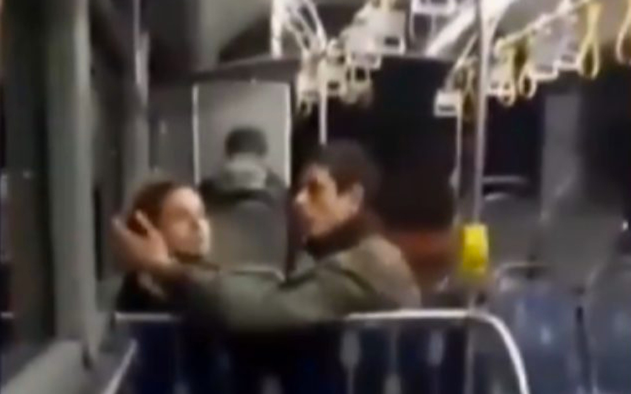 İstanbul'da otobüste öpüşme tartışması! Genç kız gösterilen tepkiyi sineye çekmedi
