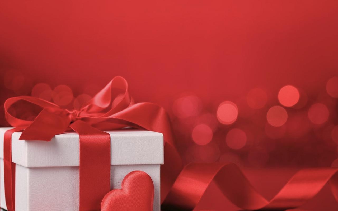 14 Şubat hediye önerileri ne alınır 2020 uygun hediye fikirleri