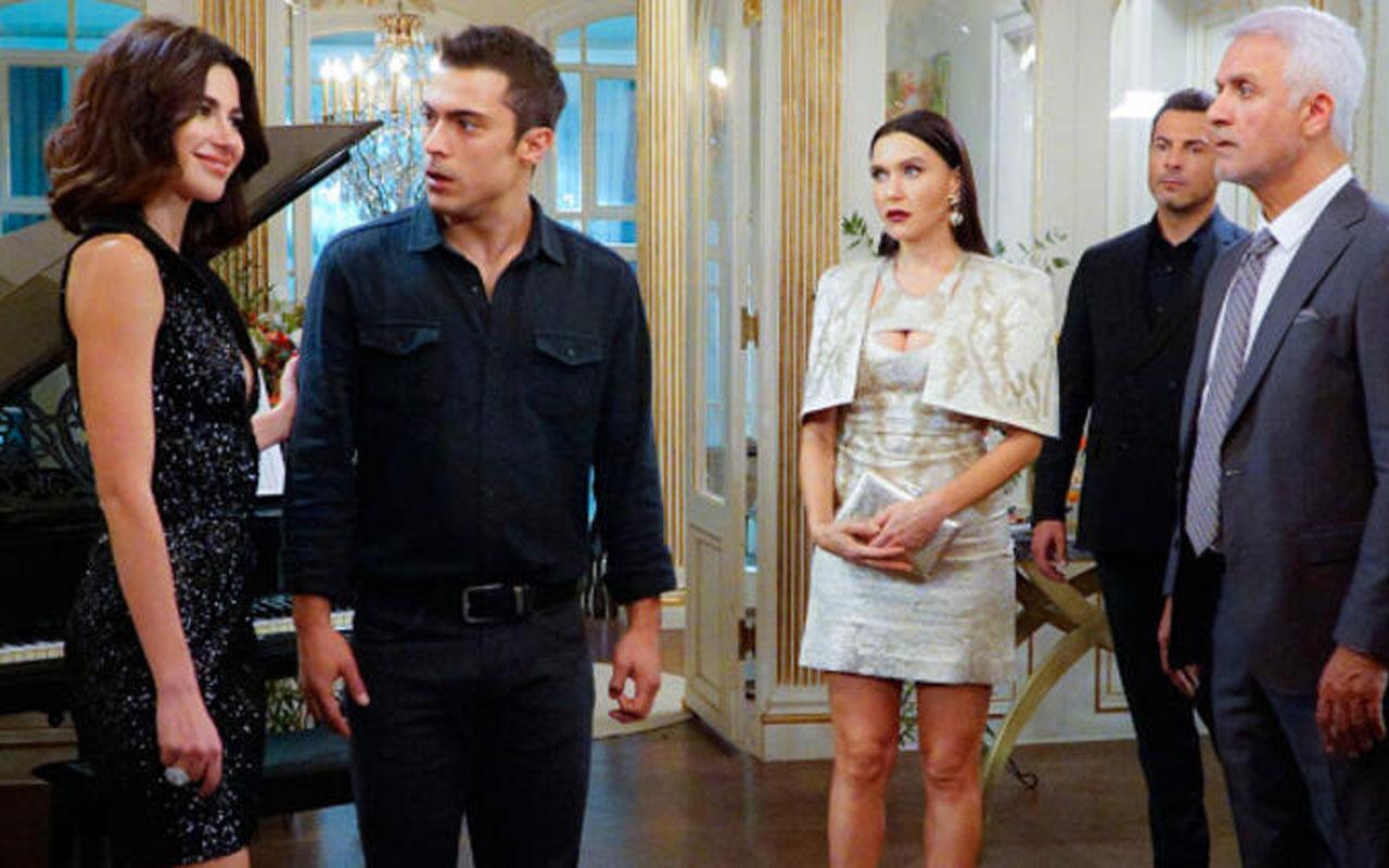 Yasak Elma dizisine Tuvana Türkay'ın ardından Hakan Karahan veda etti