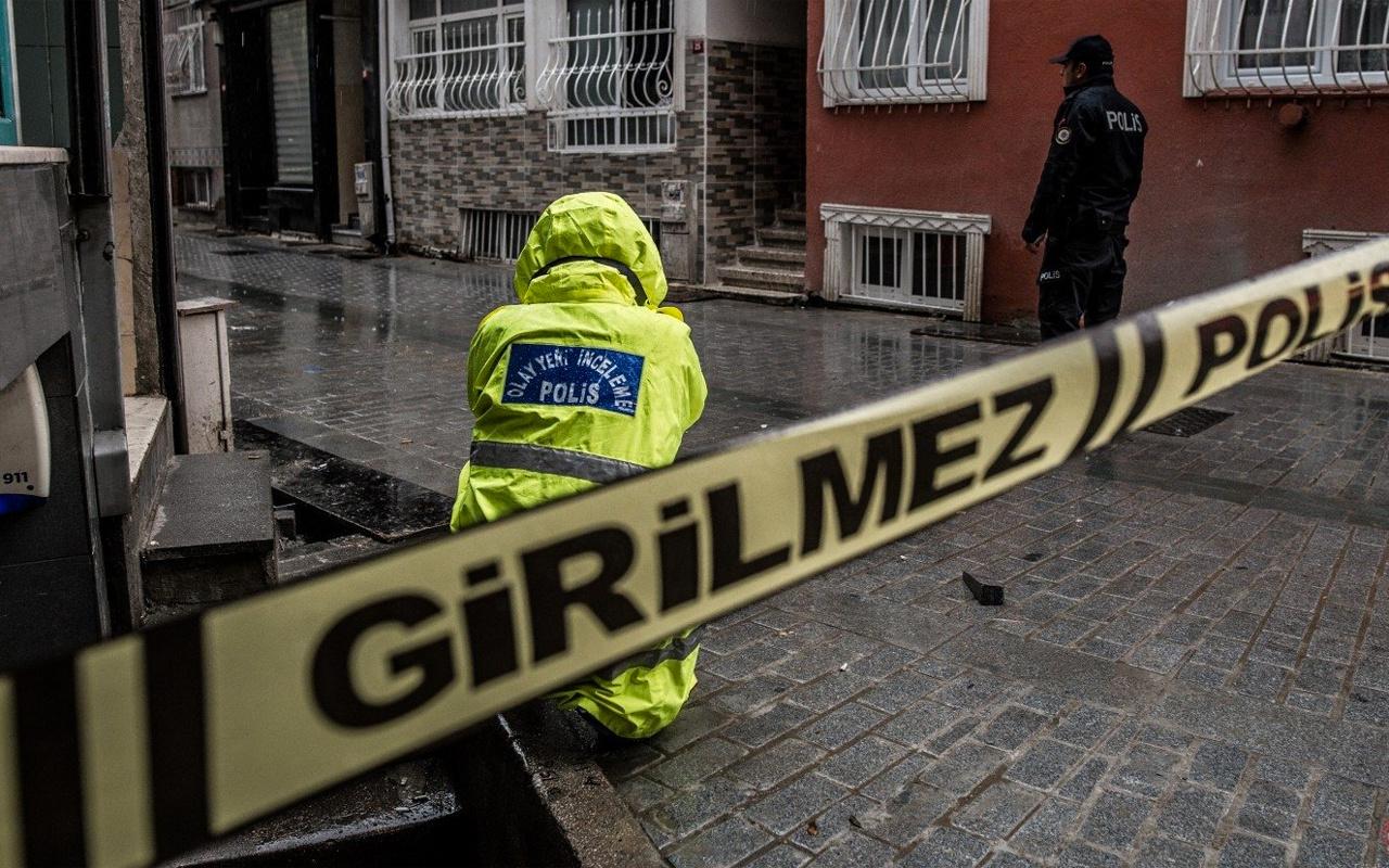 Afyonkarahisar'da birbirlerine bıçak çeken baba öldü oğlu yaralandı