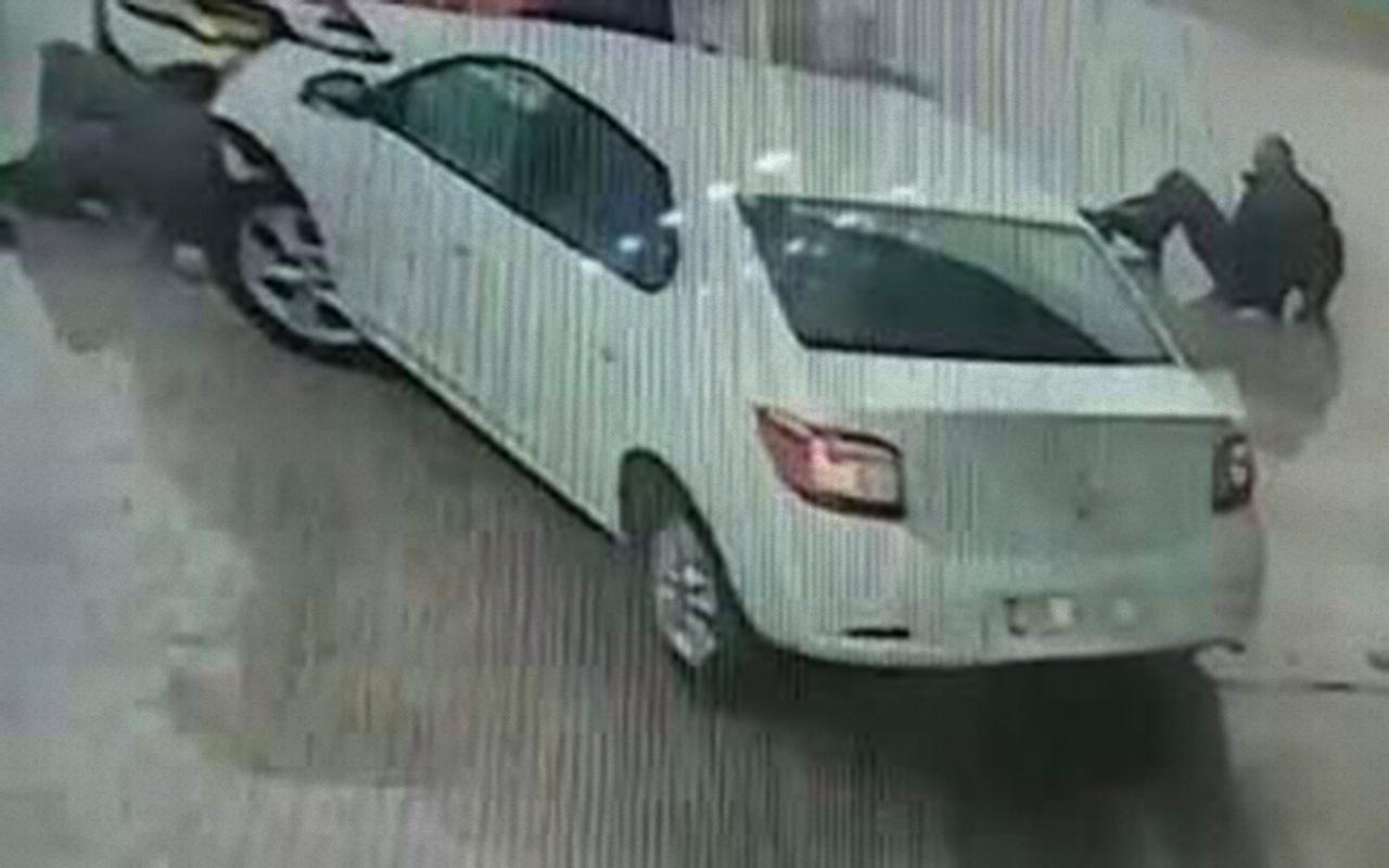 Aydın'da akaryakıt istasyonunda kaza anı güvenlik kamerasında 2 yaralı