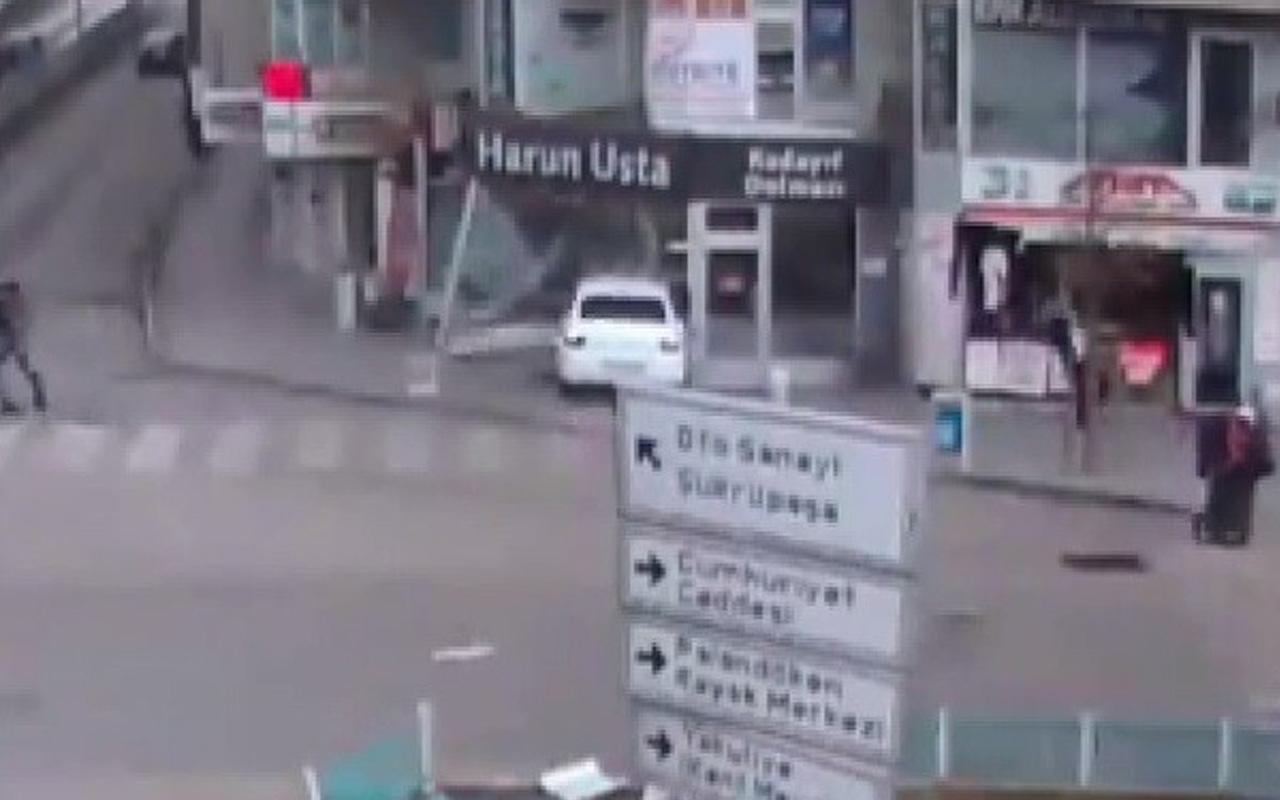 Erzurum'da kontrolden çıkan araç iş yerine daldı!