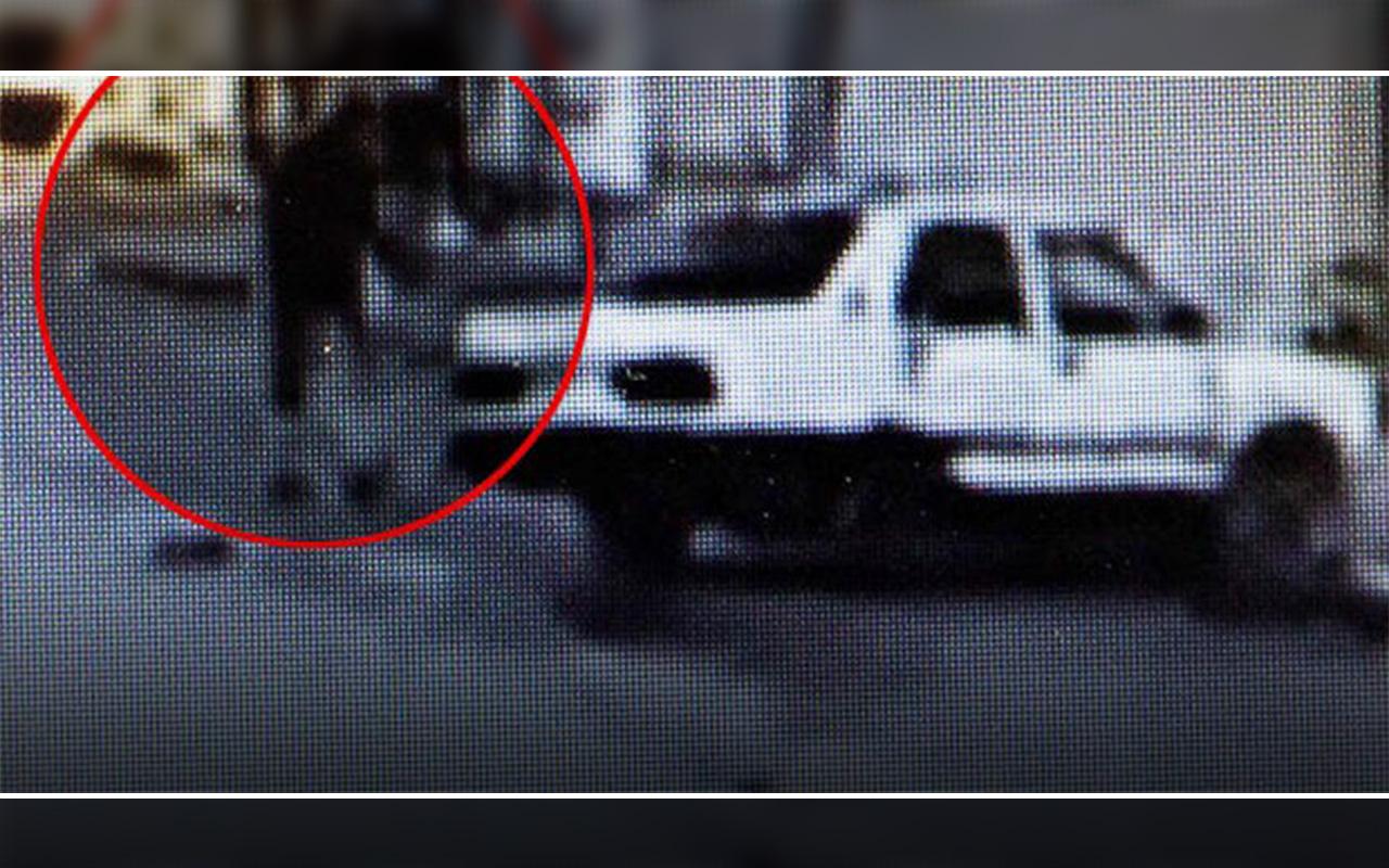 Muğla'da makas atan sürücü kaza yapınca otomobilden fırladı