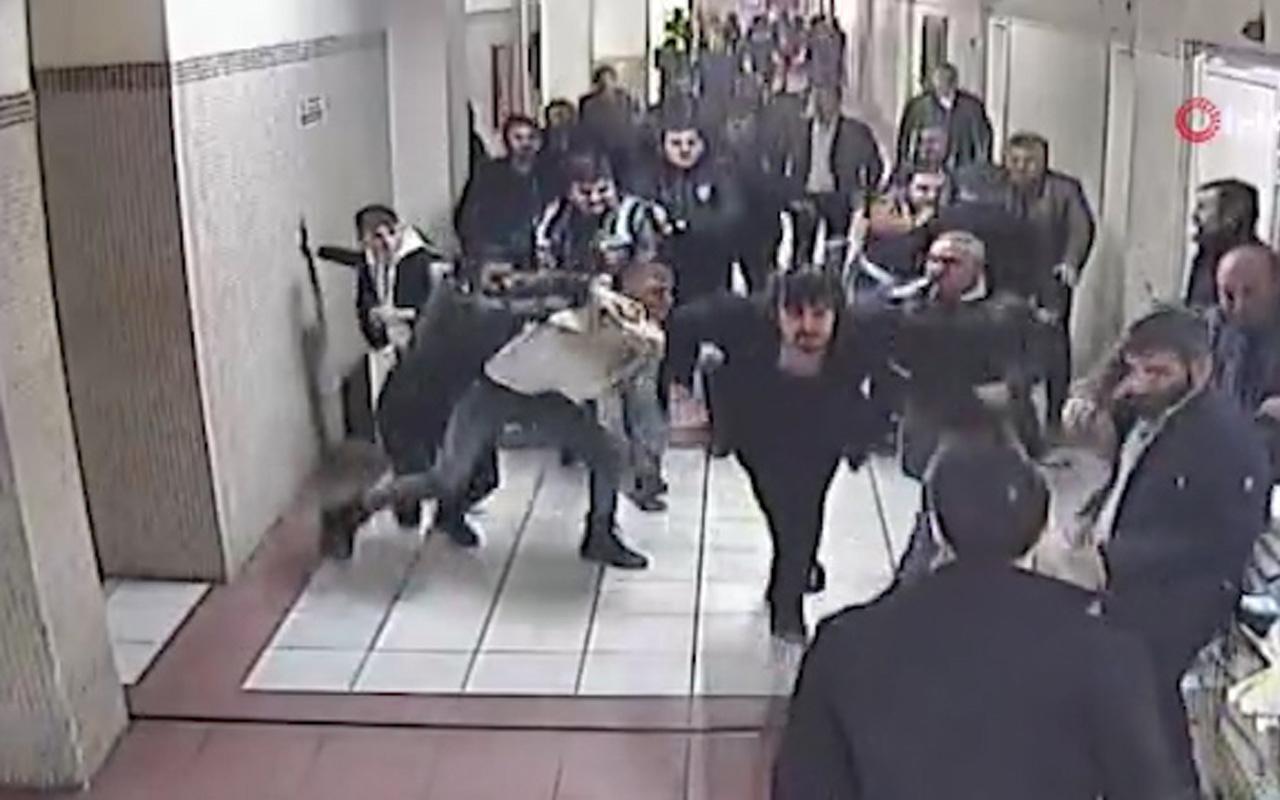 Bakırköy Adliyesi'nde avukatı tekme tokat dövdüler! Kameraya böyle yansıdı
