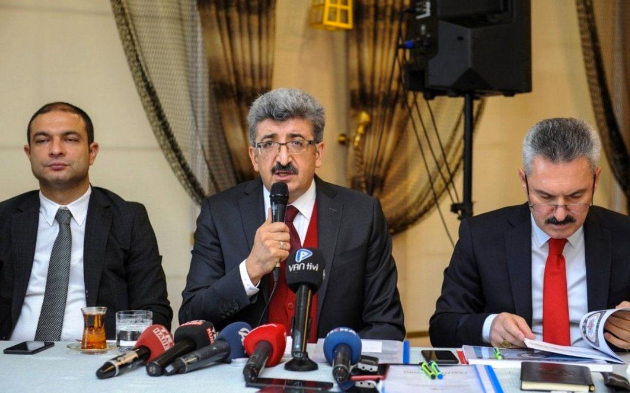 Van Valisi Mehmet Emin Bilmez önemli gelişmeyi duyurdu! Enkaz altında kimse yok