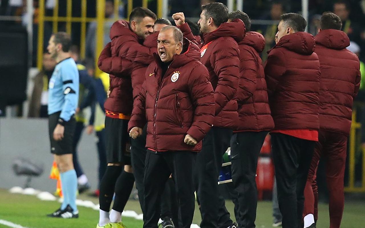 Galatasaray'da 3 isim satış listesinde