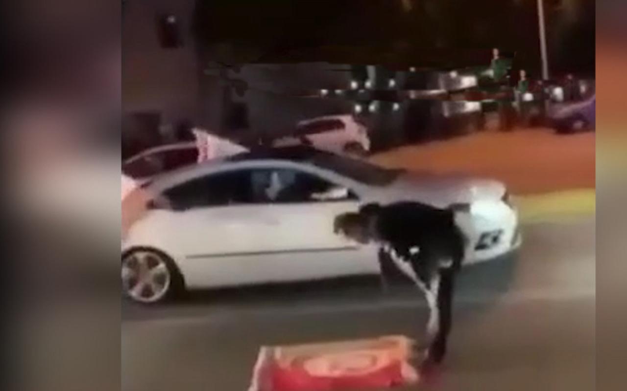 Galatasaray taraftarı 20 yıl sonra gelen zafer sonucu şükür namazı kıldı!