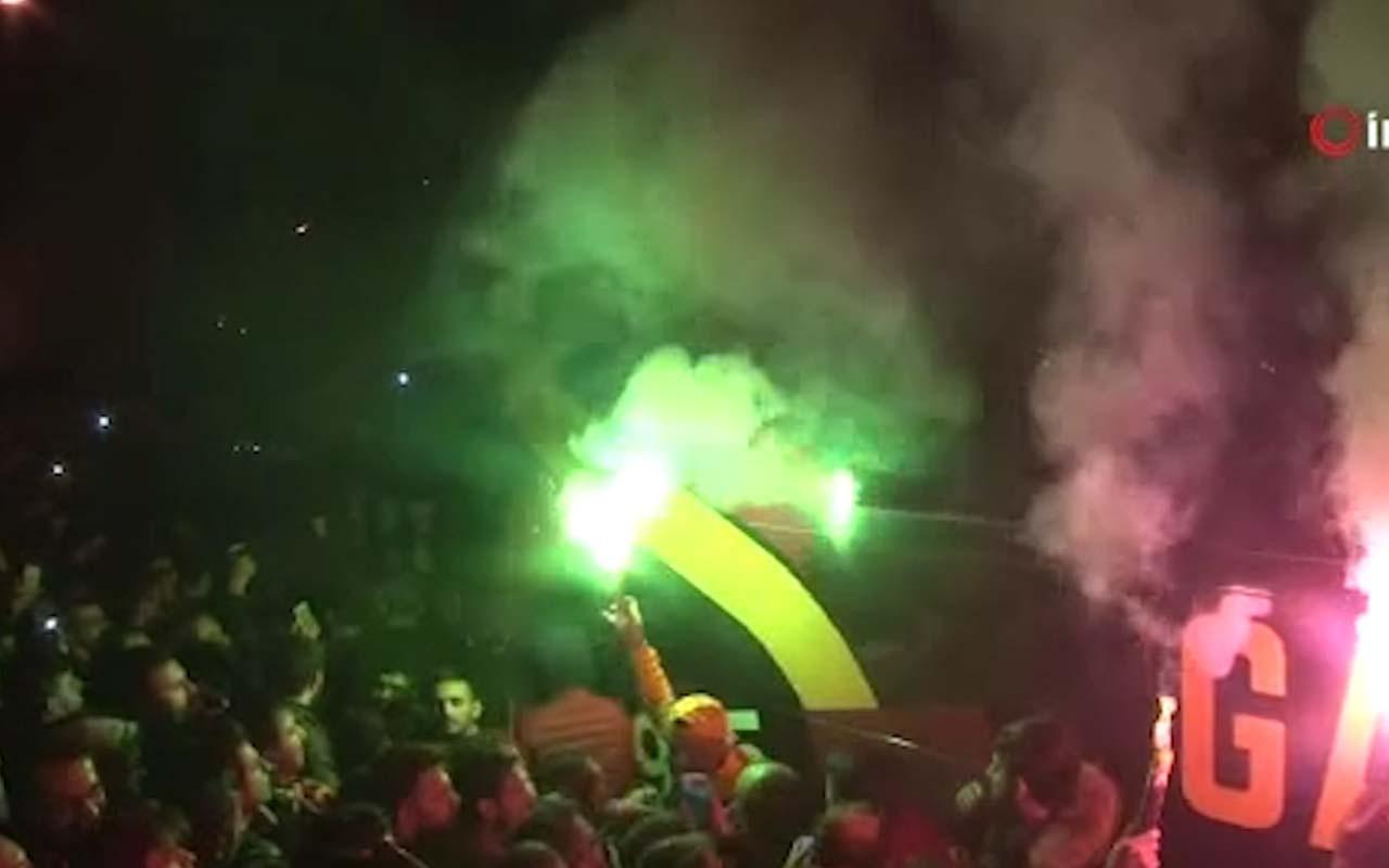 Galatasaray'a Florya'da  şampiyon gibi karşılama