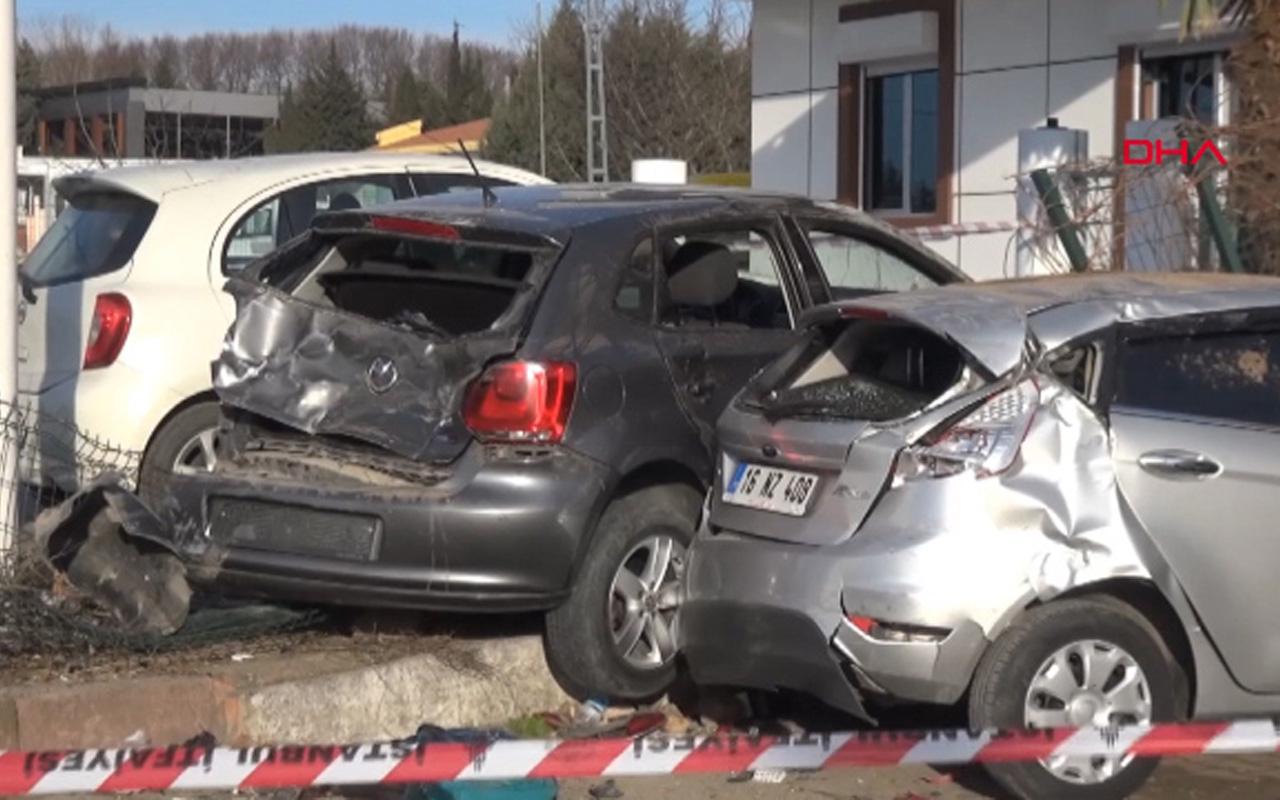 Silivri'de iki genç kıza otomobil çarptı! Akıl almaz kaza kameralarda