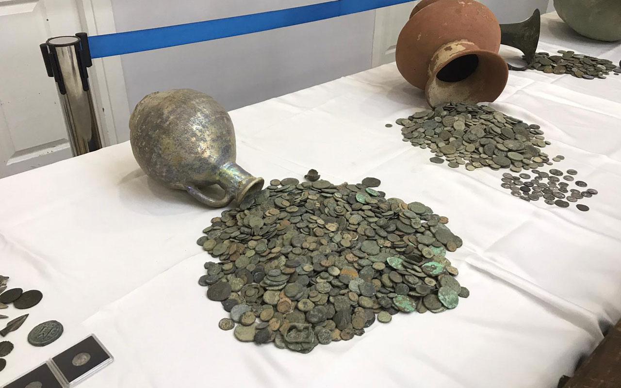 İstanbul'da tarihi eser kaçakçılarına operasyon 2 bin yıllık sikkeler ele geçirildi
