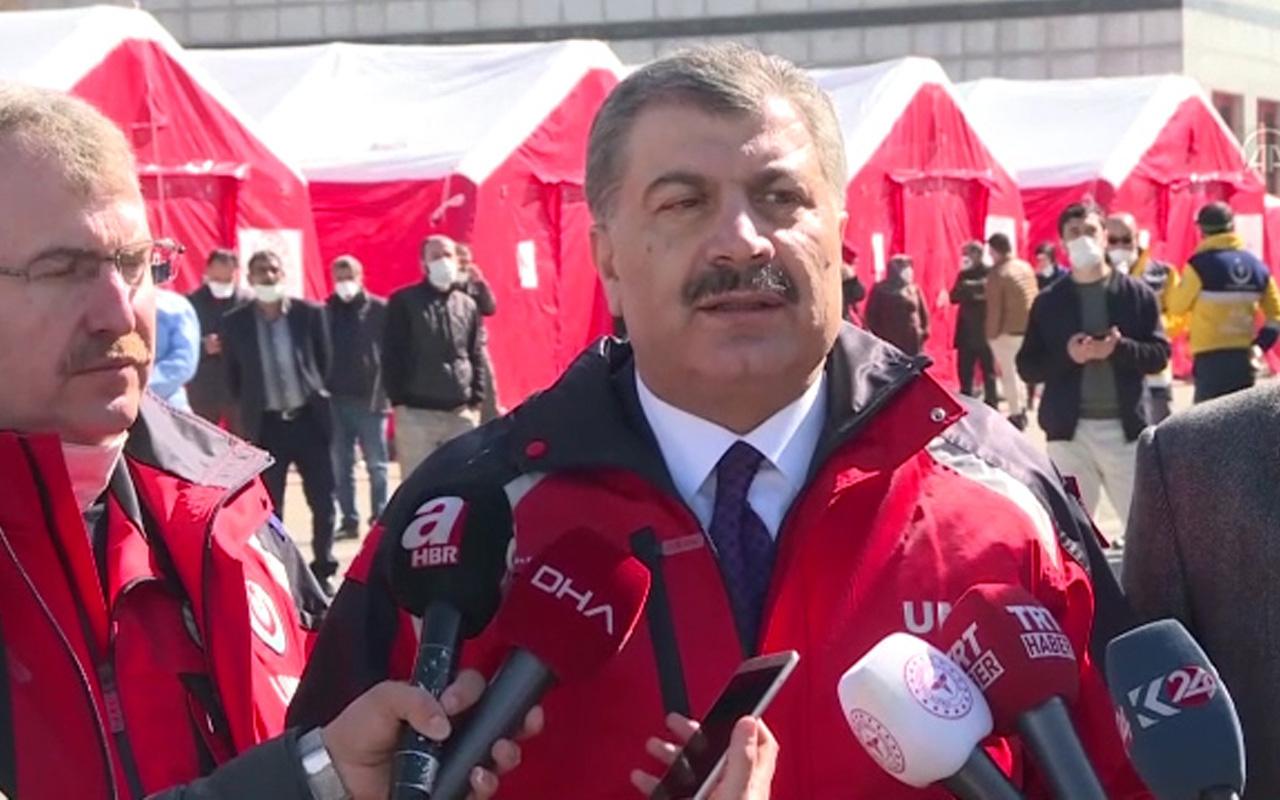 Sağlık Bakanı Koca sınırda açıklamalarda bulundu! Türk vatandaşlarını uyardı
