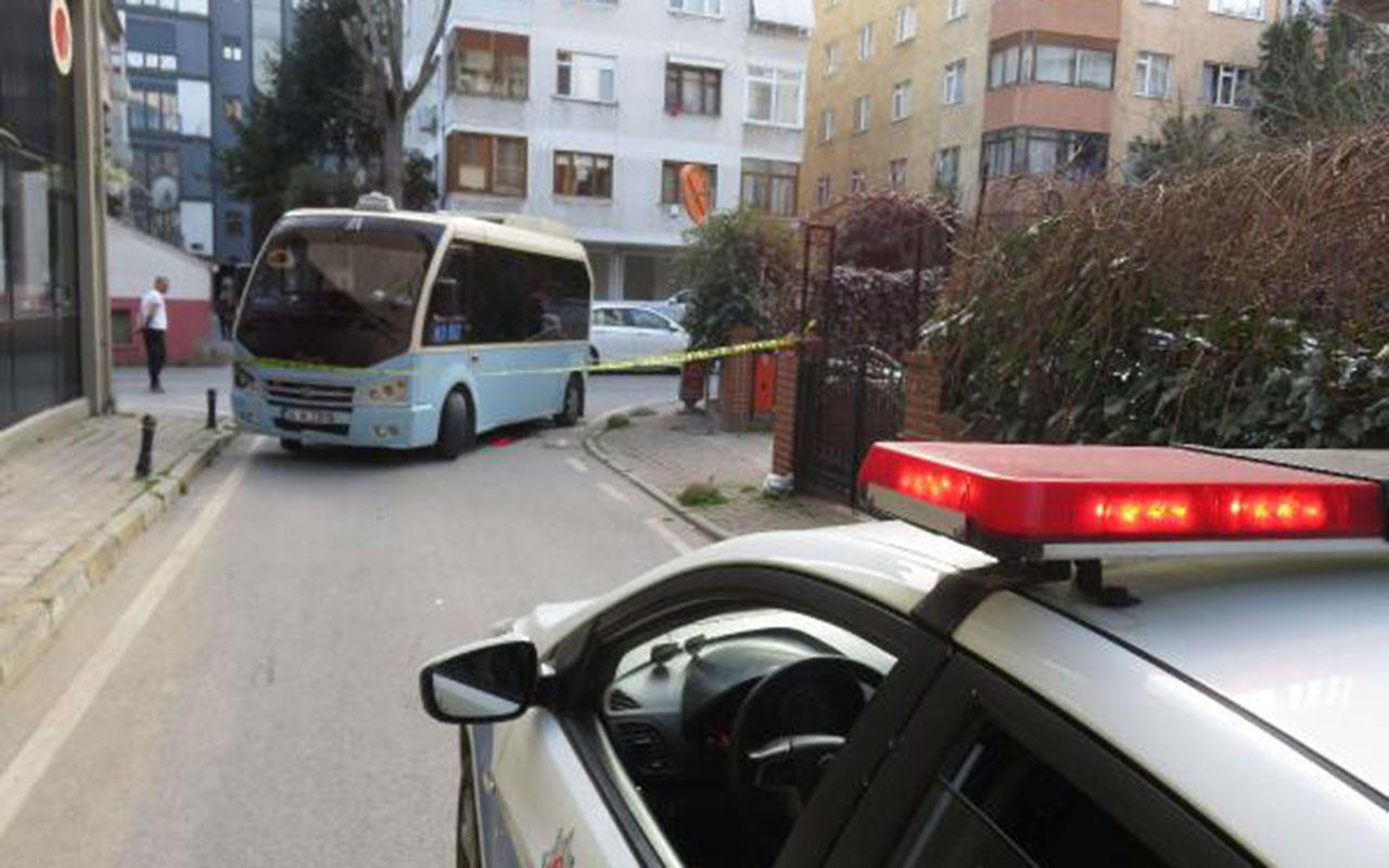Kadıköy'de minibüs bir kadını ezdi
