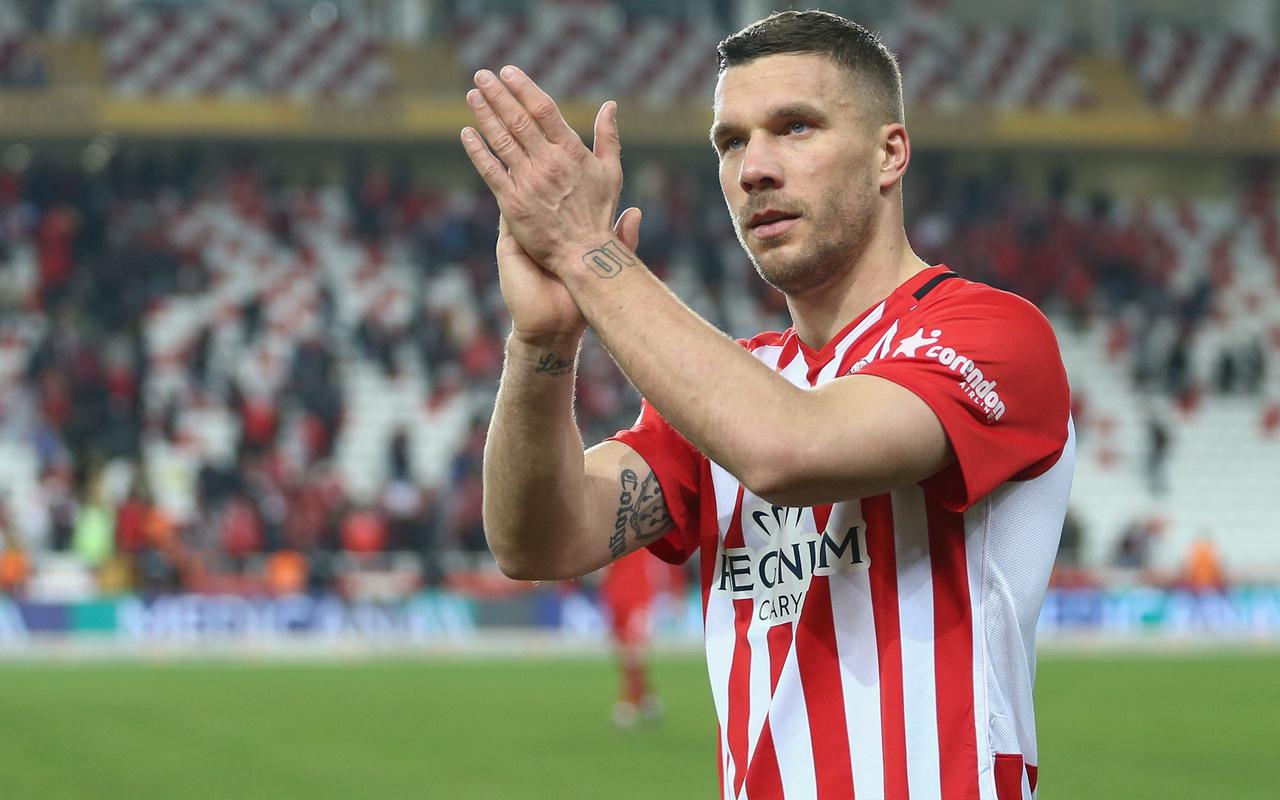 Podolski'den Galatasaray itirafı: Şampiyon olsun isterim