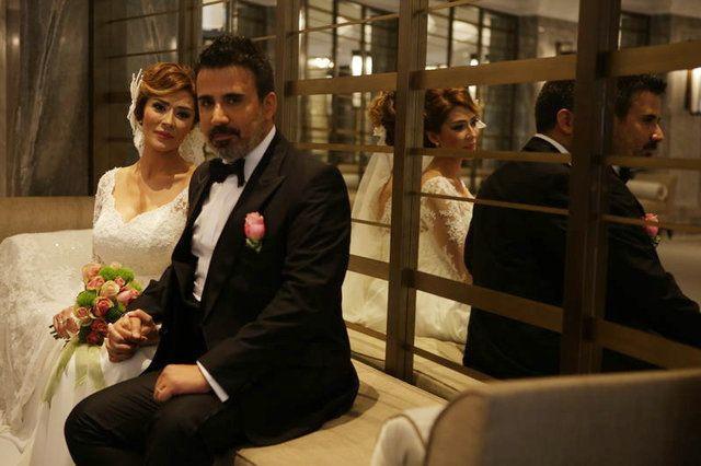 Emrah eşi Sibel Kirer Erdoğan ile boşanıyor dediler! Karısı konuştu