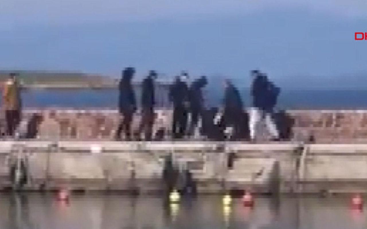 Midilli'de yabancı gazeteciler darp edildi