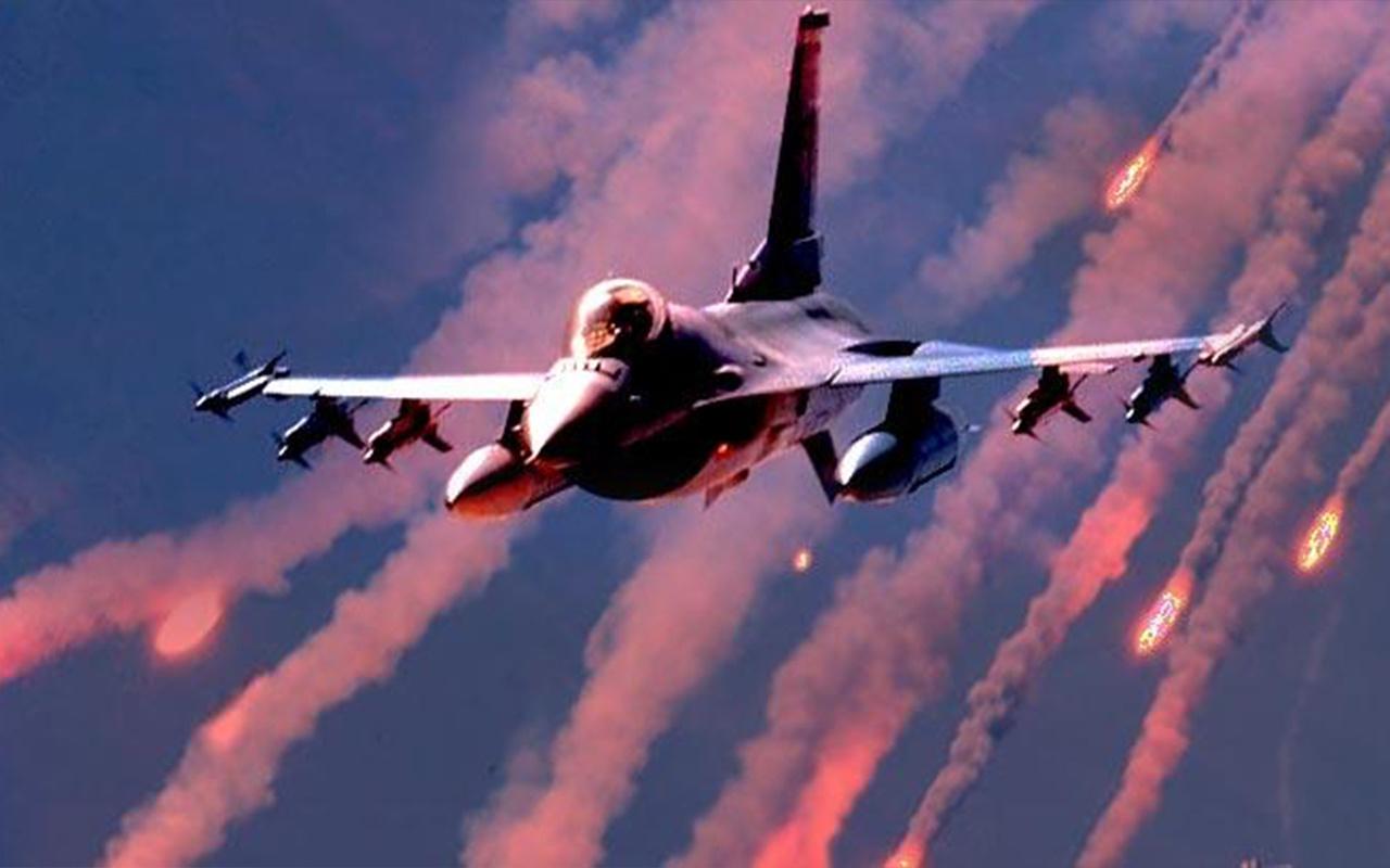 Esed'in iki uçağı düşürüldü! Rusya'dan tehdit gibi hava sahası açıklaması