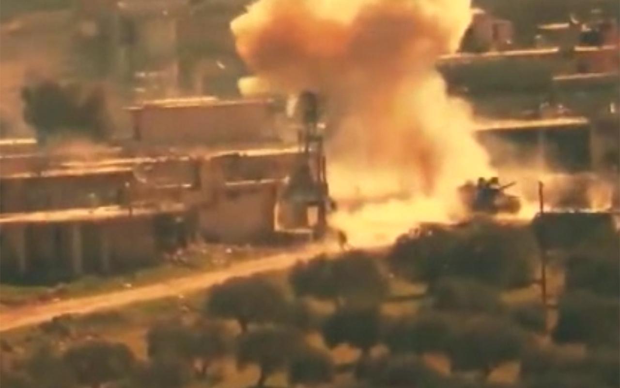 İdlib'de TSK destekli SMO rejim tankını vurdu