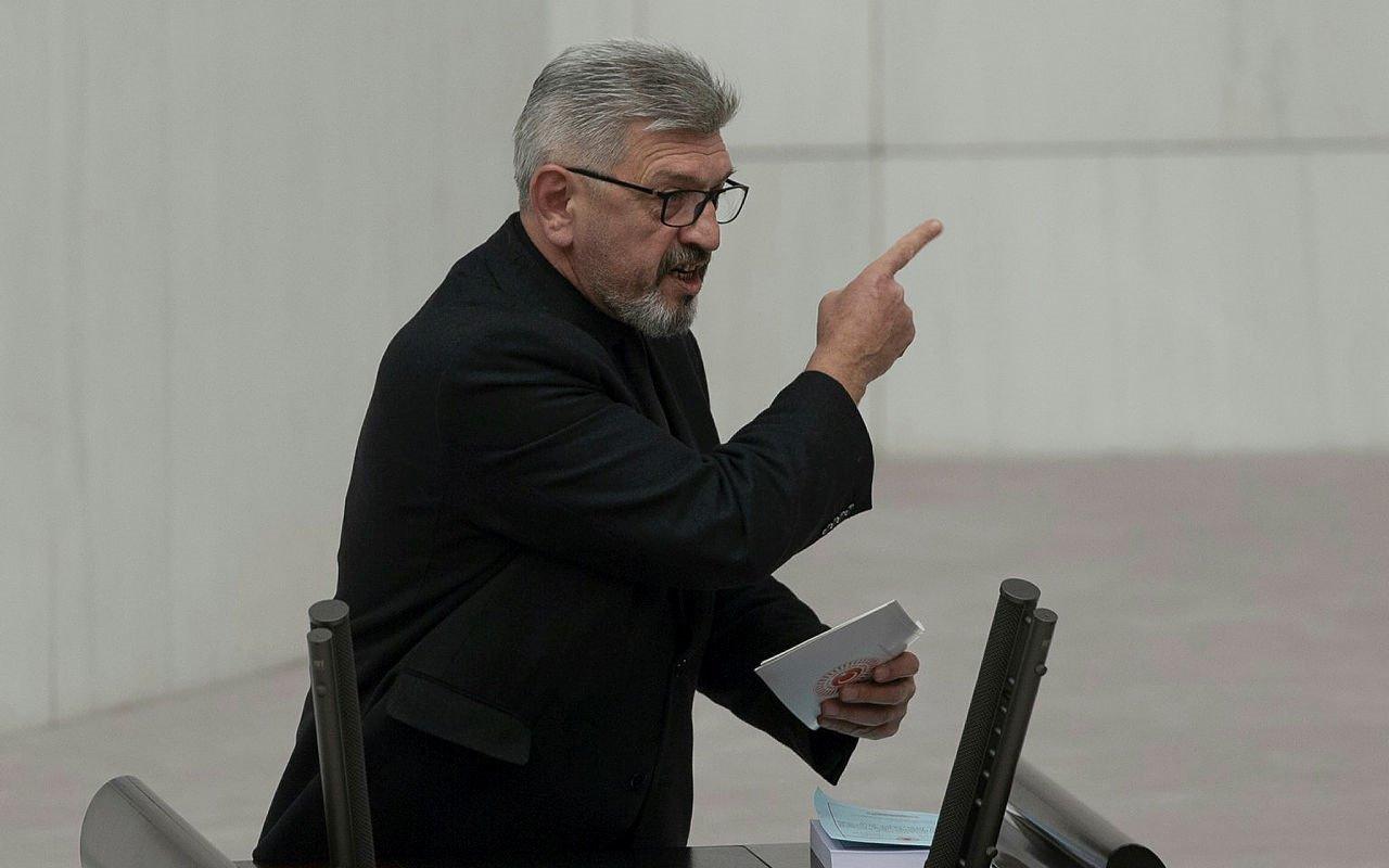 Cihangir İslam istifa etti Saadet Partisinin Mecliste tek vekili kaldı