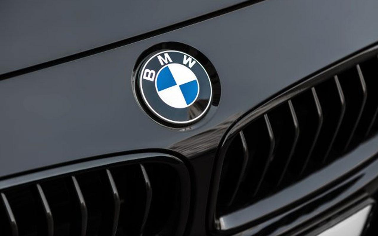 Alman otomotiv devi BMW, logosunda değişikliğe gitti