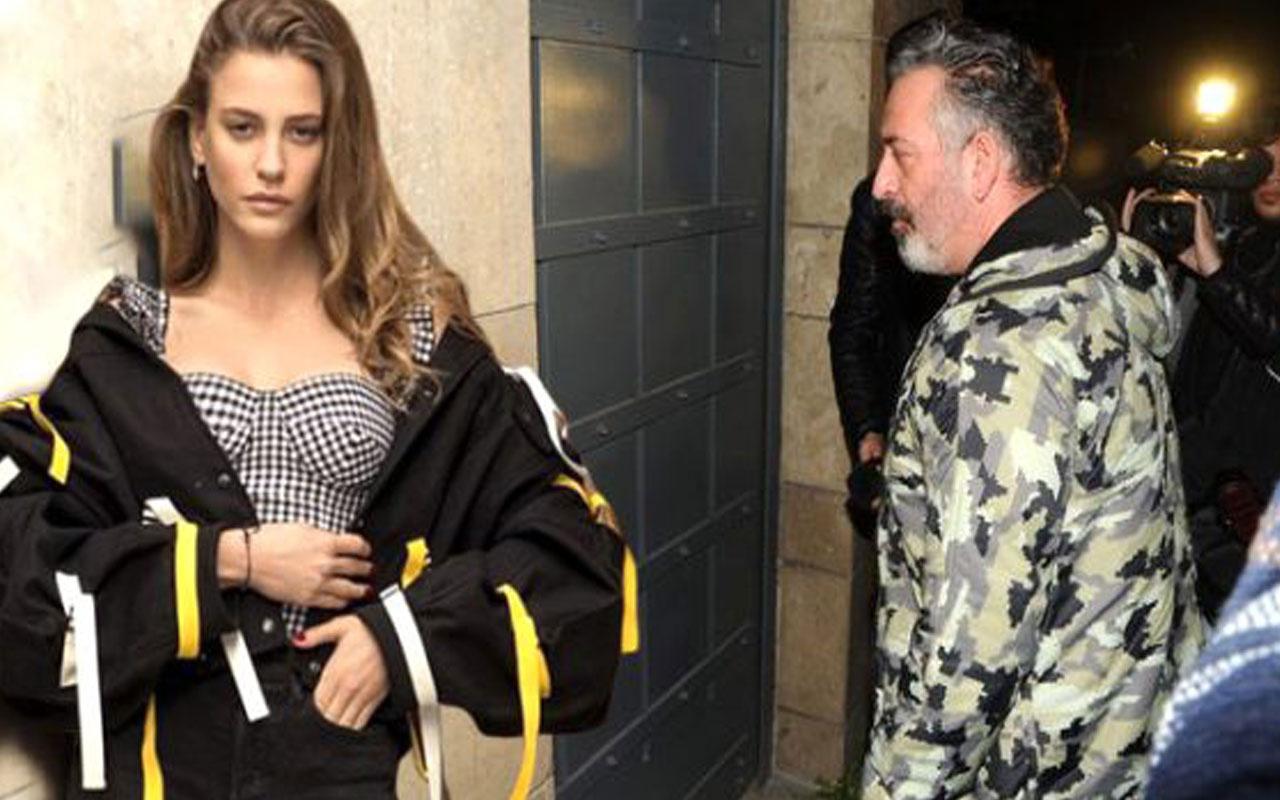 Cem Yılmaz ve Serenay Sarıkaya, mekanın mal kabul kapısından çıktı