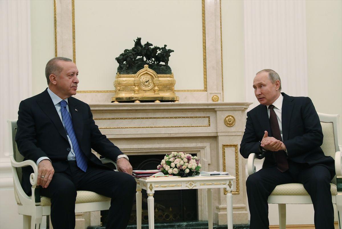 Erdoğan - Putin böyle buluştu! Putin'in 33 şehit için ilk sözü 'bilmiyorduk' oldu