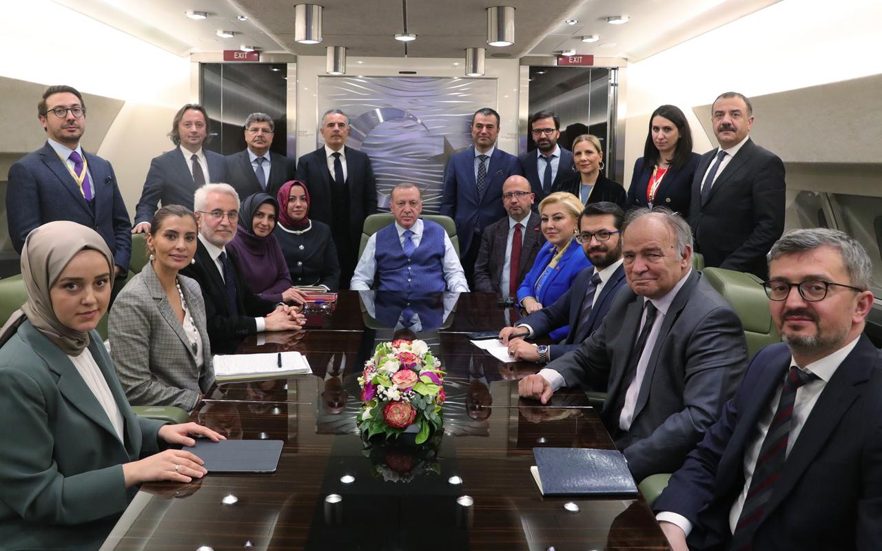 Cumhurbaşkanı Erdoğan Rusya dönüşü uçakta İdlib anlaşmasını açıkladı