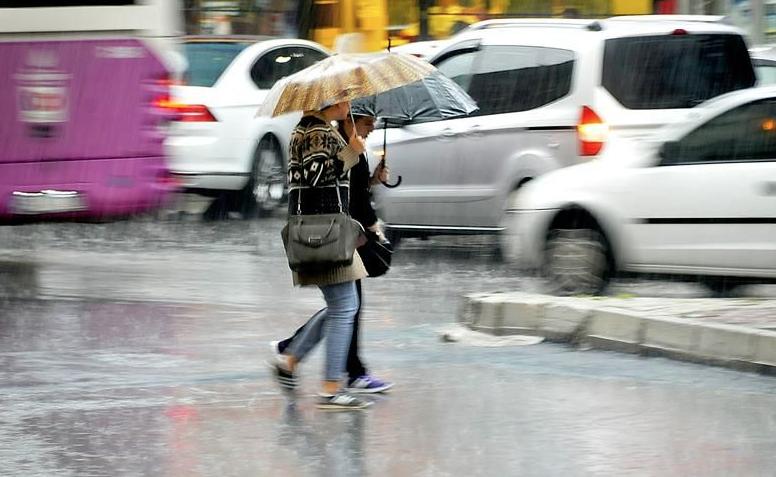 Meteoroloji hava durumunu paylaştı: Lodosla birlikte sağanak yağış geliyor
