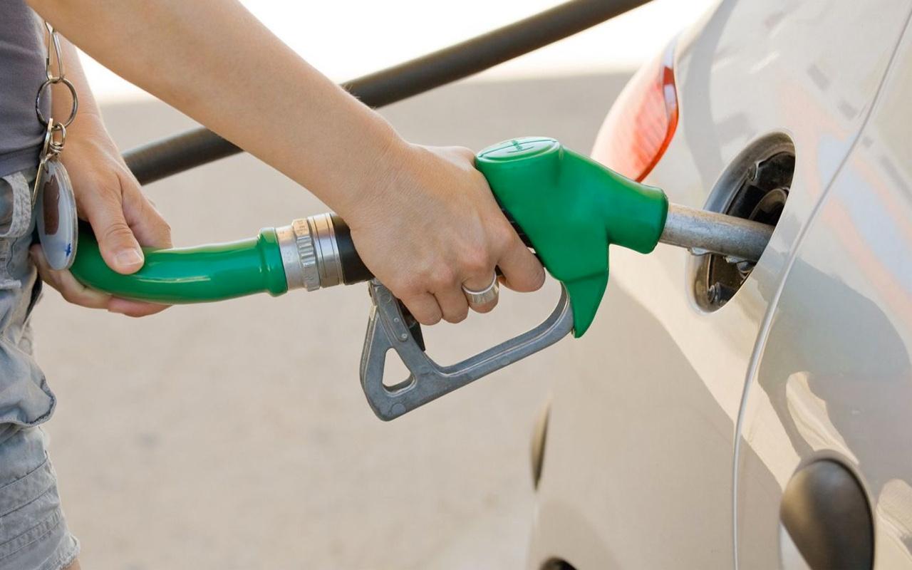 Eksiye düşen petrol fiyatları! ABD medyası 'üste para almayacaksınız' uyarısı yaptı