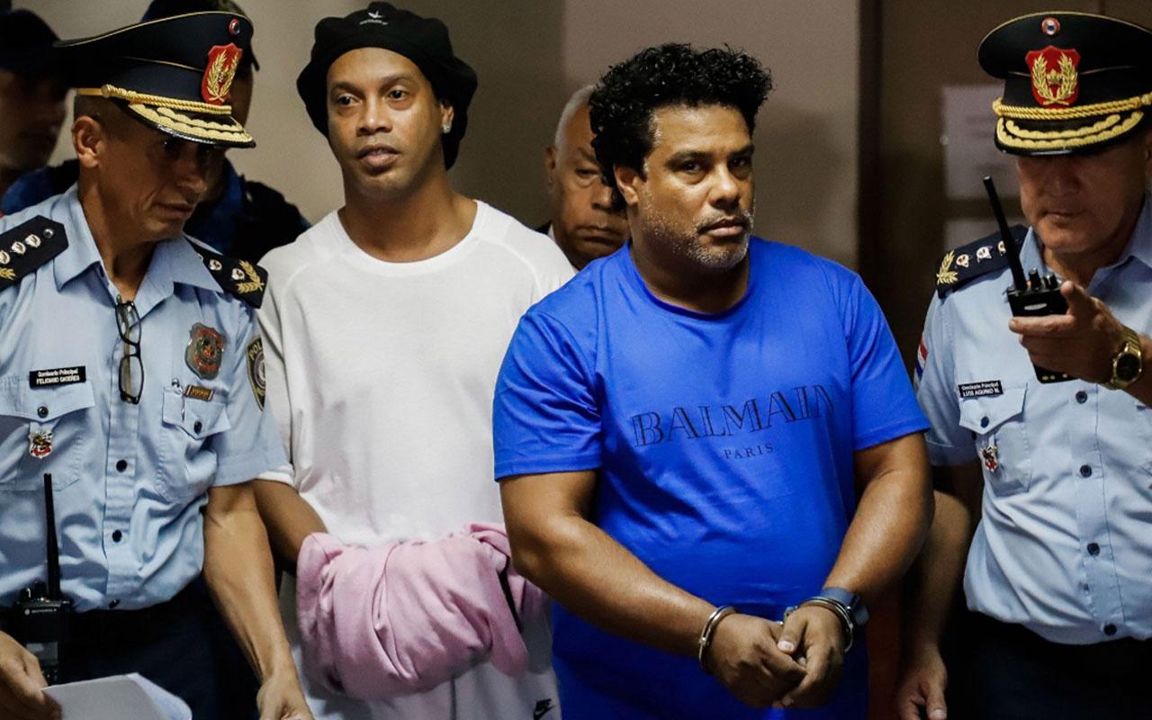 Ronaldinho'nun cezaevinden ilk görüntüsü