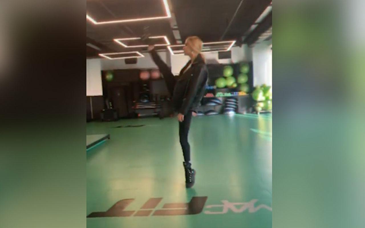 Çağla Şıkel'in Instagram'dan yayımladığı esneklik videosu parmakları ısırttı!