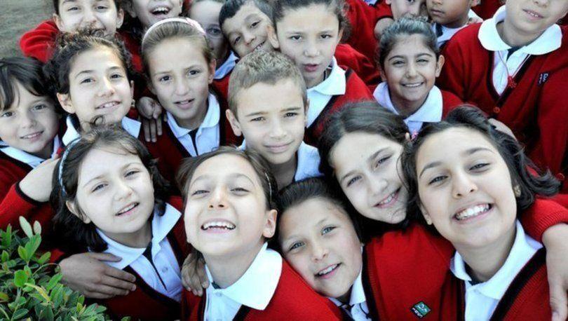 Okullar tatil mi son haber MEB açıklıyor 2. ara tatil öne mi çekildi?