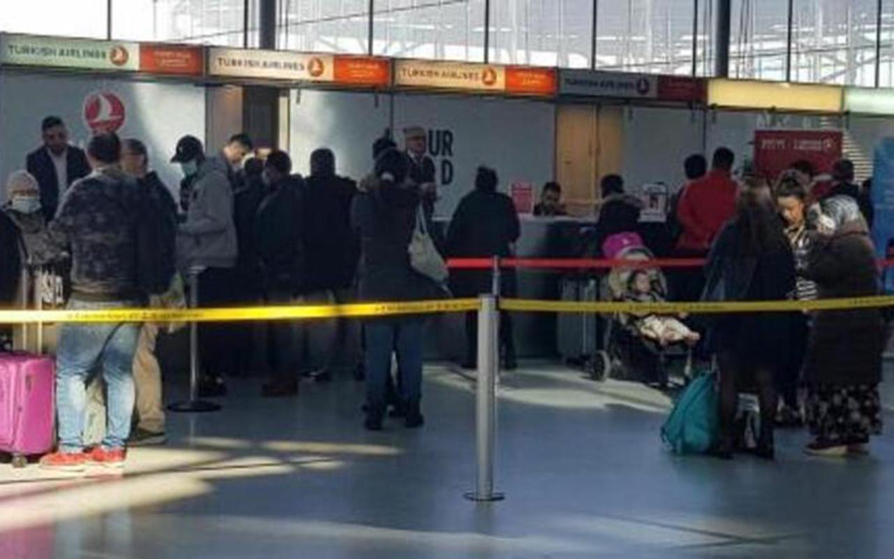Türkler Avrupa'dan tahliye ediliyor Almanya'dan kalkan ilk uçak İstanbul'a indi