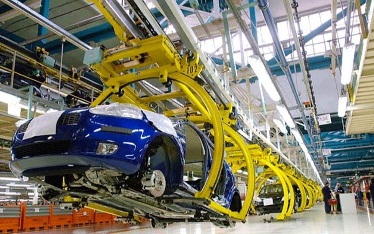 Otomotiv sektörüne koronavirüs sektesi fabrikalar iki haftalık tatile girdi
