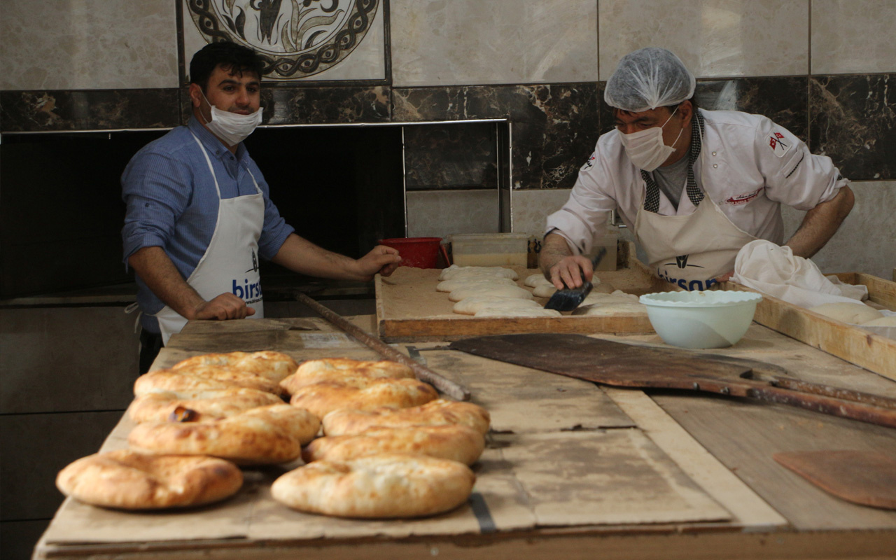 Tokat'ta fırıncı attığı adımla herkesten takdir topladı