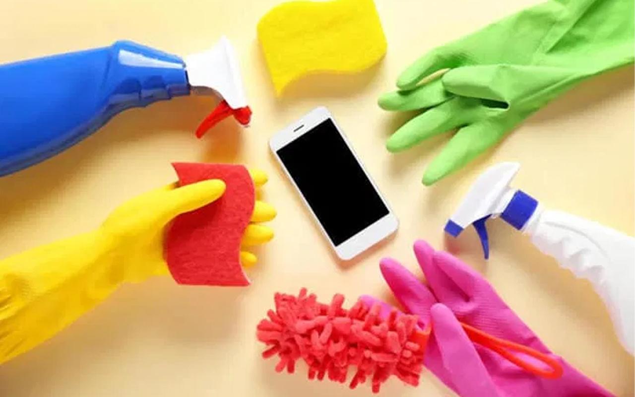 Virüs telefon yüzeyinde canlı kalıyor peki telefon nasıl dezenfekte edilmeli