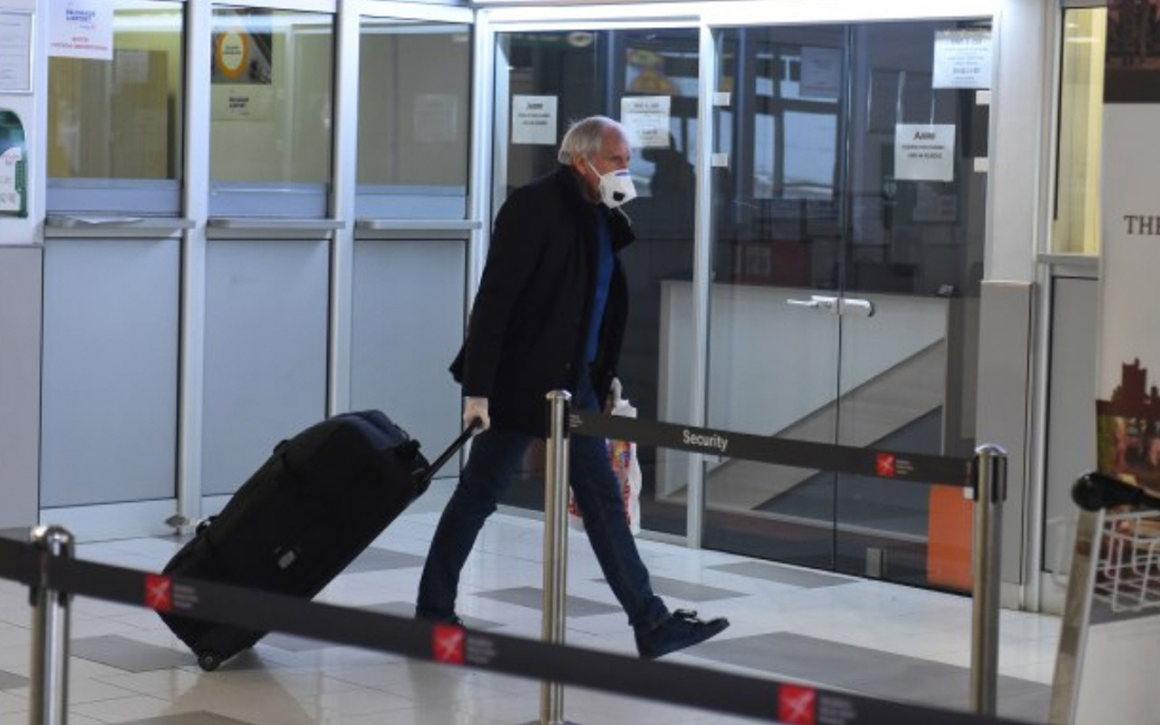 Zeljko Obradovic ülkesi Sırbistan'a döndü