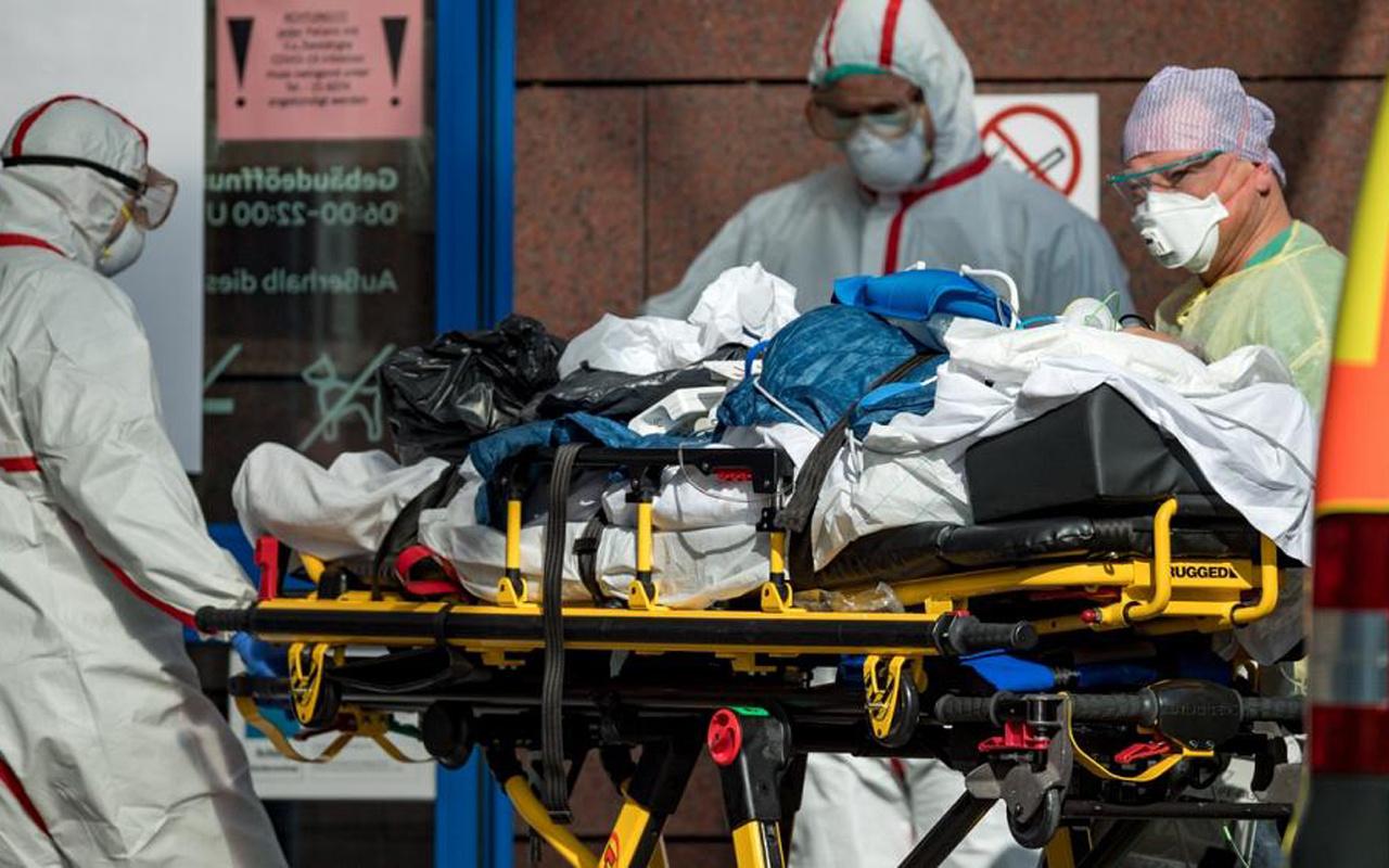 İspanya'da 12 bin sağlık çalışanı koronavirüse yakalandı Türkiye'de durum ne?