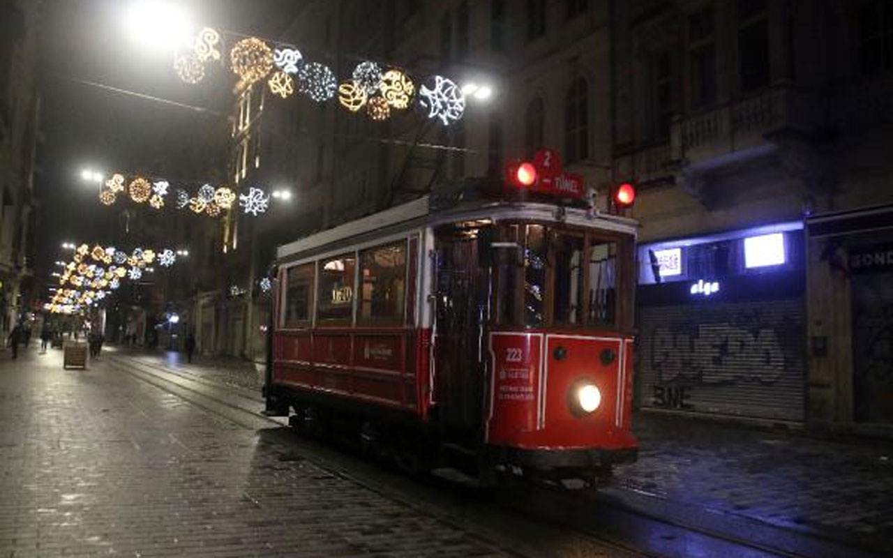 Nostaljik tramvay son seferini yaptı