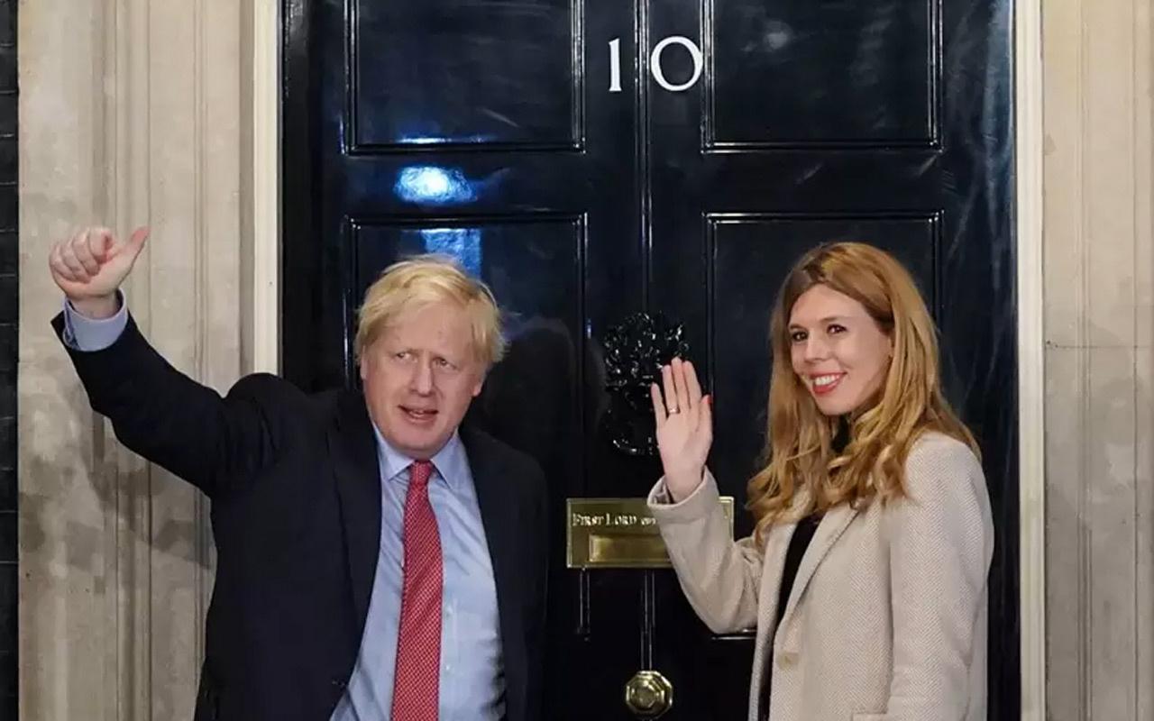 İngiltere Başbakanı Jonhson'un hamile sevgilisine de koronavirüs bulaştı