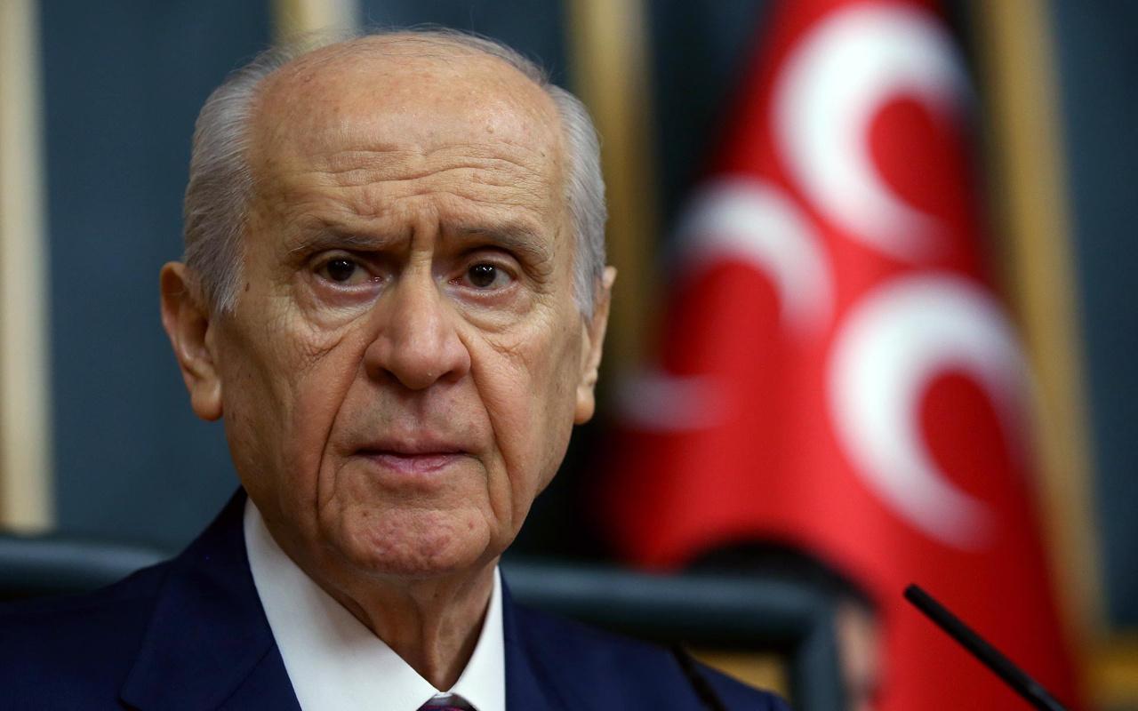 MHP lideri Bahçeli darbe isteyenlere 15 Temmuz'u hatırlattı
