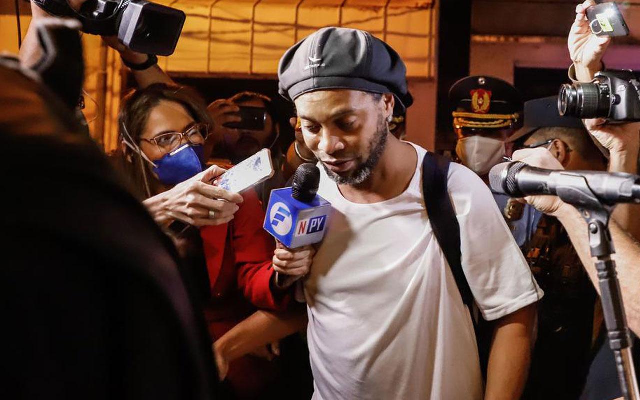 Ronaldinho'ya 4 yıldızlı ev hapsi! Kral dairesinde kalacak