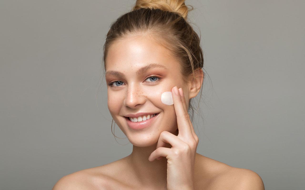 Sağlıklı ve parlak bir cilde sahip olmanın 5 basit kuralı
