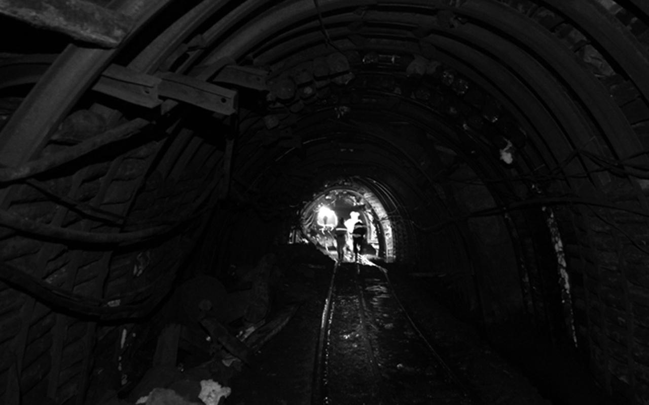 Soma'da maden ocağında göçük! 1 kişi öldü göçük altında olanlar var