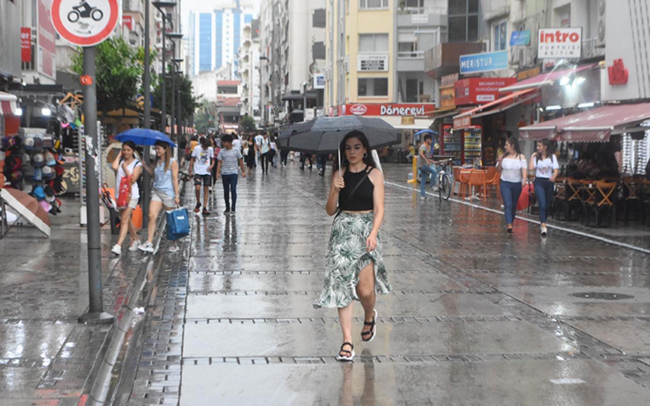 Meteoroloji'den 7 ile dolu ve hortum uyarısı! İstanbul'da sağanak başladı