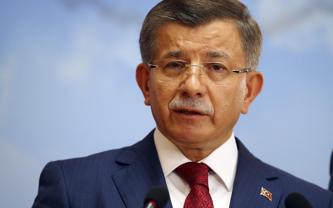 Ahmet Davutoğlu'ndan akıllara ziyan istifa iddiası! Bütün AK Parti teşkilatları istemiş