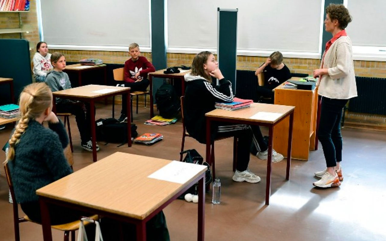 Danimarka koronavirüs salgını sürecinde okulları yeniden açtı