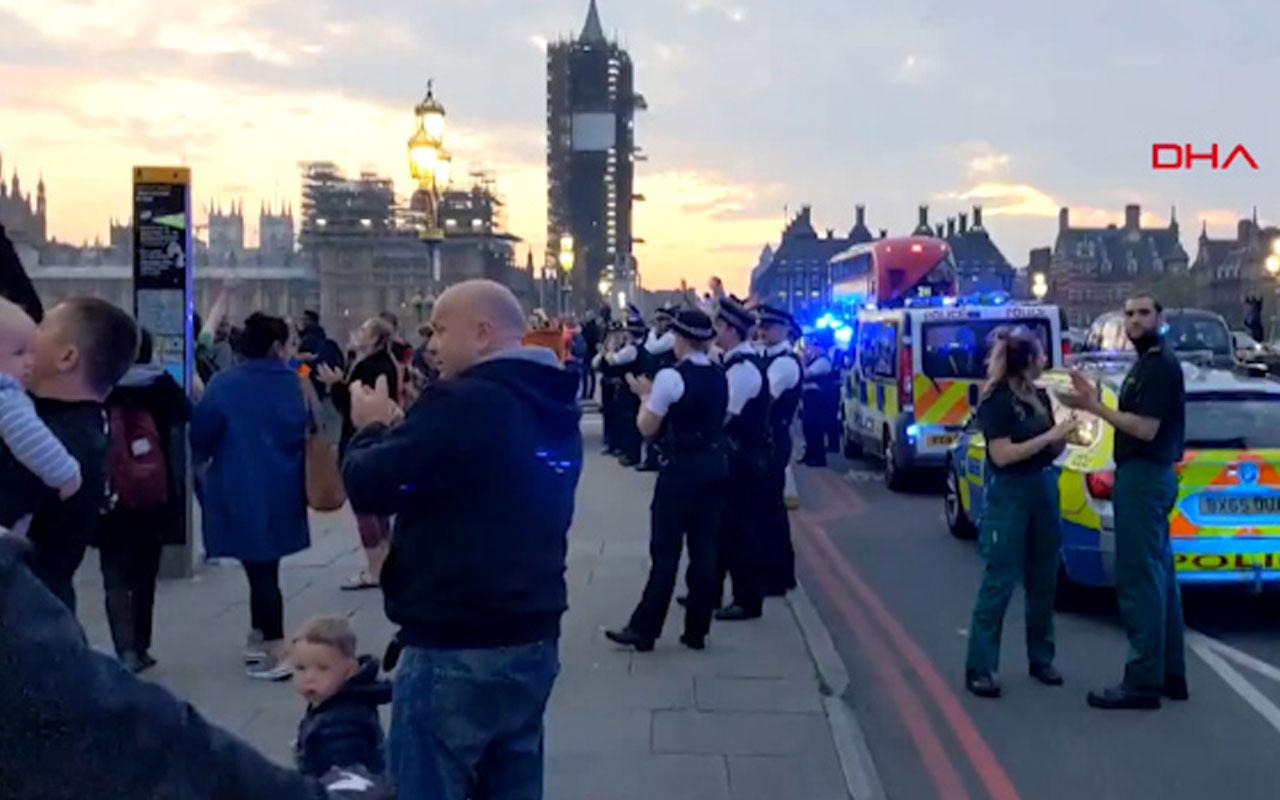 Londra polis sosyal mesafe kurallarına uymadı