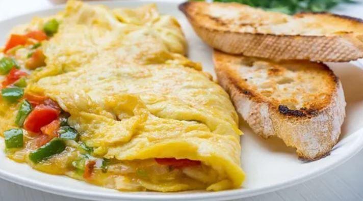 3'ü 1 arada omlet nasıl yapılır?