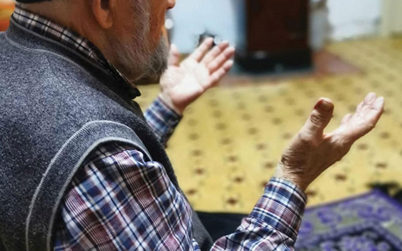 Evde teravih namazı kılınırken hangi dualar okunur imam şart mı?