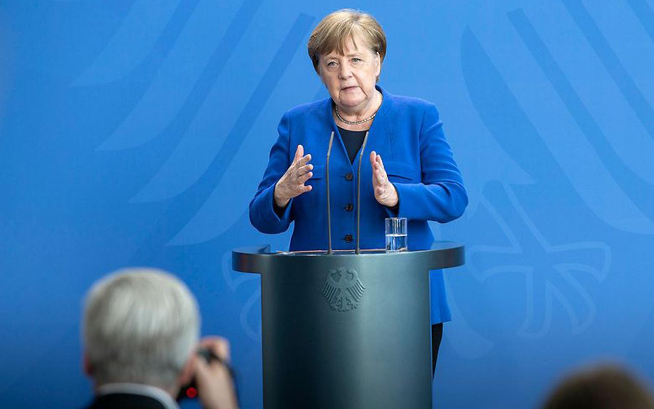 Almanya Başbakanı Merkel'den kritik koronavirüs açıklaması